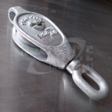 Galvanised Malleable Iron Blocks: Single Sheave - Swivel Oval Eye