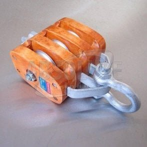 Wooden Blocks fitted with Shackle - Treble